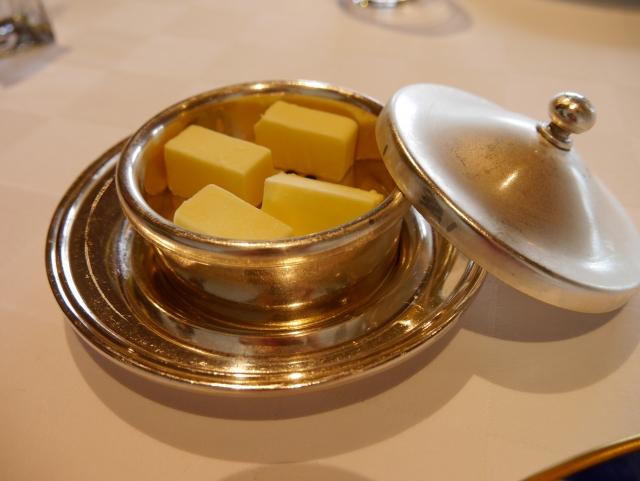 人気のグラスフェッドバター