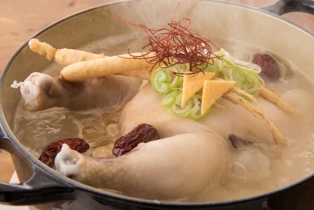 参鶏湯サムゲタンのレトルト業務用
